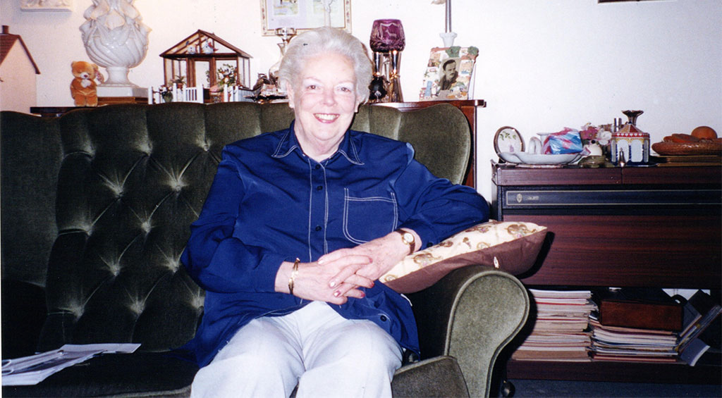 Mrs Shirley Phimister in 2003, who was evacuated to the house of Princess Sophia during WW2