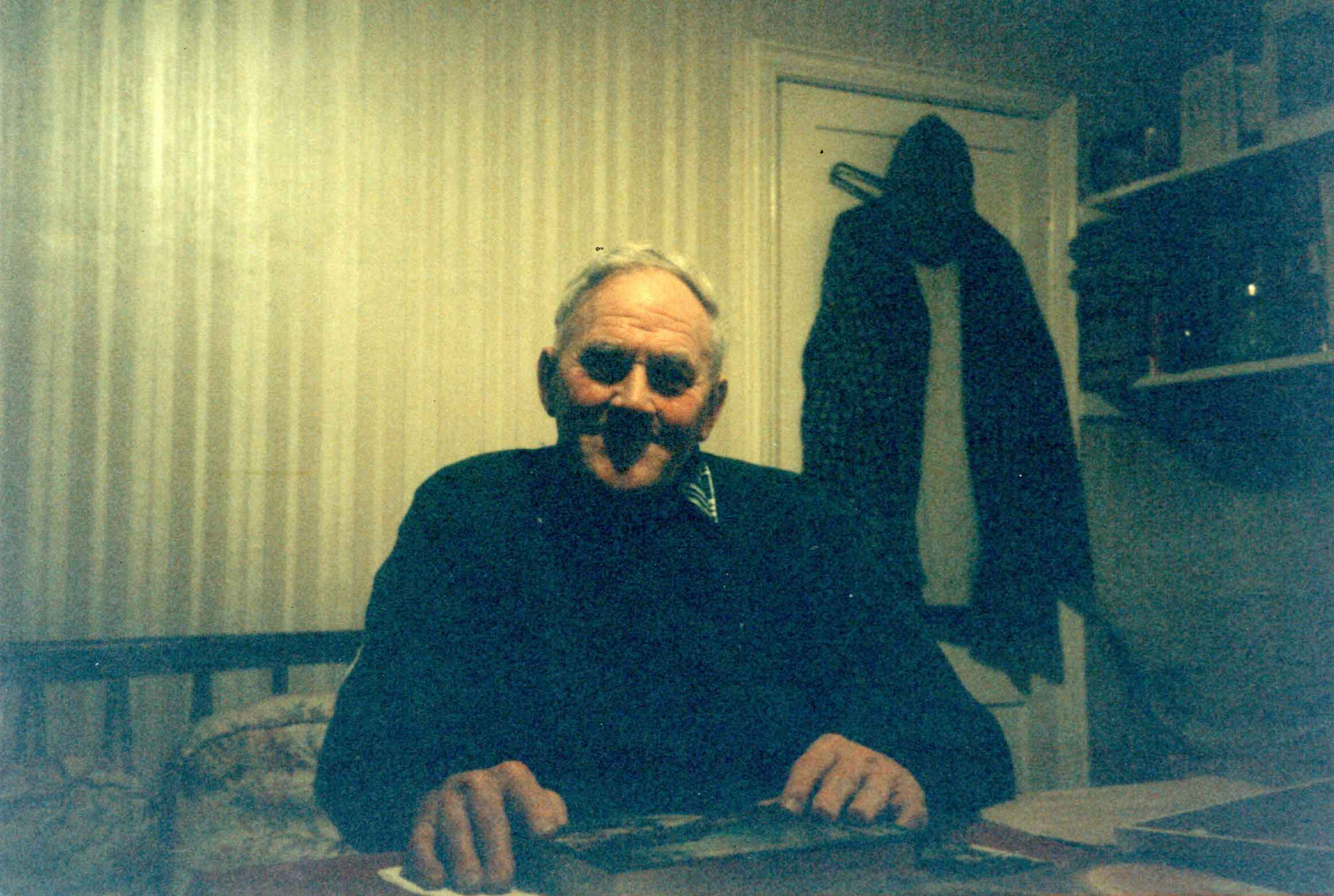 Mr Sidney Hammond in 1998, whose great grandmother worked at Elveden Hall and claimed to be a descendant of the Maharajah